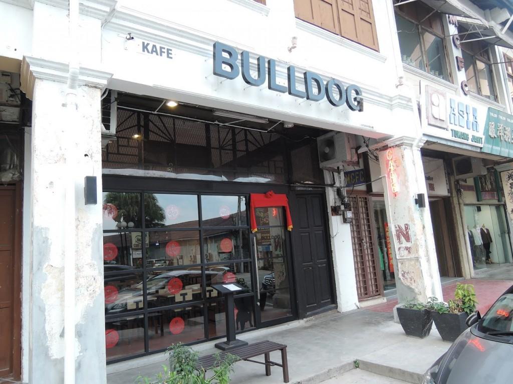Bulldog Café in Malacca